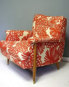 Color is wrong, but like the pattern and the shape of the chair.