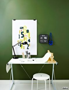 Green walls! Great home office inspo!