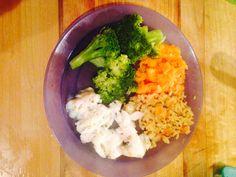 Broccoli, carrot & swede mash, brown rice & cod