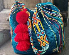 Mayan Morral Bag tassel by Otomiartesanal. Mexican Crafts, Tapestry Crochet, Embroidery Techniques, Design Crafts, Bago, Etsy, Hobbit, Friendship Bracelets, Hand Knitting