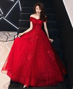 Prom Girl Dresses, Pretty Prom Dresses, Unique Prom Dresses, Tulle Prom Dress, Lace Evening Dresses, Ball Dresses, Beautiful Dresses, Tulle Lace, Red Wedding Gowns