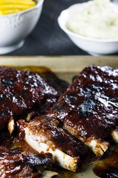 Costelinha com molho barbecue (igual do Outback e Applebee's) - Malas e Panelas - - Pork Rib Recipes, Barbecue Recipes, Barbecue Pork Ribs, Steak, French Toast, Good Food, Beef, Cooking, Breakfast