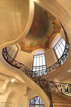 Stairs ~ Petit Palais ~ Paris (architectural moulding/details instead of ceiling mural)