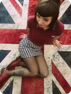 Find images and videos about Chelsea, skinhead and skingirl on We Heart It - the app to get lost in what you love. Chica Skinhead, Skinhead Girl, Skinhead Fashion, Skinhead Style, Mod Fashion, Punk Fashion, Girl Fashion, Sixties Fashion, Attitude