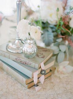 Décoration de table livre - Happy Chantilly