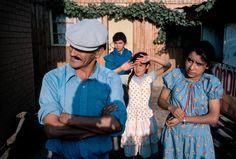 Grape pickers in rural central Chile. David Alan Harvey, Chile, Couple Photos, Couples, Photography, Fashion, Couple Shots, Moda, Photograph