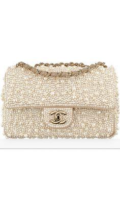 cbda25df06f8 Chanel Paris cosmopolite 2016 Metiers d art Tokyo Chanel Handbags