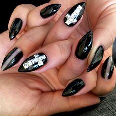 "Sokolum  on Instagram: ""New claws by @lisabianca at @barbarella_mtl! I love having freshly filled nails. So shiny, much sharp!  #gelnails #gothnails #gothicnails #stilettonails #studdednails"""