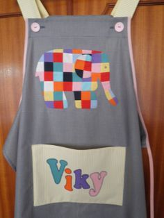 Con elefante Elmer para Viky Patches, Lily, Costumes, Sewing, Aprons, Patterns, Dress, Fashion, Scrappy Quilts