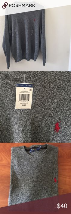 Knit Pullover/ Crewneck Polo Ralph Lauren pullover. Its the perfect piece to add to your polo collection. Polo by Ralph Lauren Sweaters Crewneck