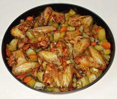Aripioare de pui cu cartofi si morcovi la cuptor Romanian Food, Kung Pao Chicken, Cooking, Ethnic Recipes, Ice Cream, Breads, Meals, Kitchens, Recipies