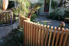 rounded wood fence - vertical