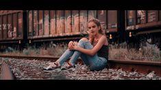 "Meine neuer Song ""Alles ist perfekt "" Interpret : Chiara Thaler Musik und Produktion: Peter Staab Filmproduktion : frontlinetv Texter: Andreas Schulze Hier f. Models, Railroad Tracks, Movie, World, Music, Fashion Models, Templates, Modeling"