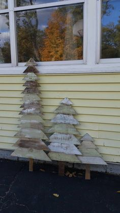 Primitive Christmas trees made from recycled pallet wood  set of 3. Check out this item in my Etsy shop https://www.etsy.com/listing/252449533/recycled-wood-christmas-trees-or-outdoor