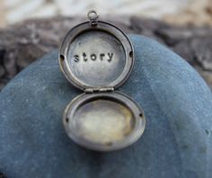 story . a (whispered) soul mantra locket