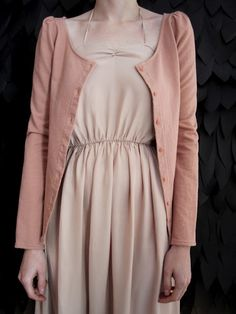 Love the look and colours ryan roche-peach tones ♥ Fashion Style Simple Style, Style Me, Anastasia, Nude Dress, Dress Me Up, Fashion Outfits, Womens Fashion, Style Guides, Passion For Fashion