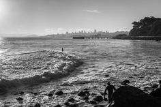 Surfing to San Francisco van Bas Koster op canvas, behang en meer Surfing, San Francisco, Van, River, Canvas, Beach, Photography, Outdoor, Products