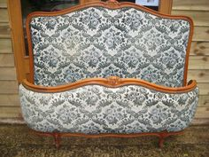 Half Corbeille French Wood Bed - Antiques Atlas