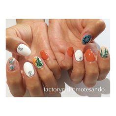 * お持ち込みのデザインを参考に‼︎ お洒落ボタニカル . #nail#nailart#factorygirl#botanical#ネイル#ネイルアート#ボタニカル#サボテン