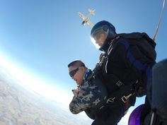 Skydive Durban - Saturnino skydiving in Durban. Nepal Mount Everest, Rock Climbing Gear, Hang Gliding, Bungee Jumping, Paragliding, Skydiving, Mountaineering, Outdoor Camping, Bouldering