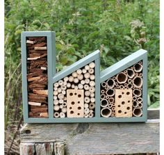 Double Insect Factory and Bee Hotel in Wild Thyme. by Wudwerx, (See also smaller Bee Houses. Bug Hotel, Garden Bugs, Garden Art, Contemporary Outdoor Decor, Contemporary Birdhouses, Diy Jardin, Mason Bees, Bee House, Bird Boxes