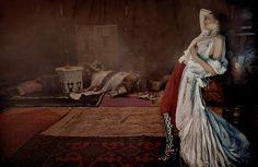 Vogue UK - Orient Excess. Javier Vallhonrat