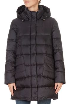 This is the stunning Black Puffer Coat from our friends at Pregio! A cosy piece with a central zip fastening, side pockets, and a hood. This is the perfect piece to carry you into the colder season! Winter Coats Women, Winter Jackets, Puffer Coat With Fur, Green Shorts, Khaki Green, Shop Now, Cosy, Pockets, London