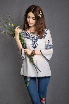 Women's Simple White O-Neck Print Blouse ♥ http://www.koreastylelove.com/blue-white-spring-2015-trend-korean-spring-fashion/