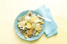 20 februari - Witlof en kiwi's in de bonus - De perfecte combinatie van geitenkaas, noten, honing en mosterd - Recept - Witlofsalade met geitenkaas en walnoten - Allerhande