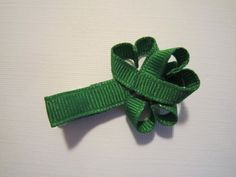 st. patrick's day 4 leaf clover hair pin