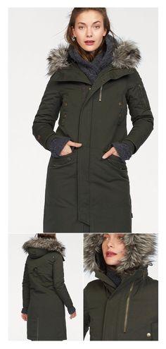 Für uns Frauen muss die richtige Winterjacke einiges können: wind- und wetterfest muss sie sein, robust und pflegeleicht. Natürlich ist gut auszusehen, absolute Pflicht! So wie mit diesem Parka, der kuschelig warm ist, und trotzdem eine schlanke Figur macht.