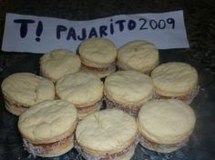 Alfajores de maizina, para diabeticos. Diabetic Recipes, Cooking Recipes, Healthy Recipes, Tortas Light, Low Calorie Desserts, No Sugar Foods, Sin Gluten, Cake Cookies, Cupcakes