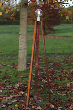 luminaire-lampe-cuir-noyer-ebeniste-paris-mobilier-ebenisterie-menuisier-woodandline-5