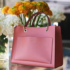 Here's to your original style inspiration Leather Purses, Leather Handbags, Leather Bag, Cute Bags, Luxury Bags, Handmade Bags, Tote Handbags, Ladies Handbags, Purses And Bags