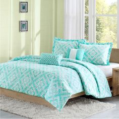 Found it at AllModern - Laurent Charleston Comforter Set