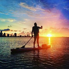 Start your week off right with this sunset view over Miami  by @cristianvlades #MotivationMonday