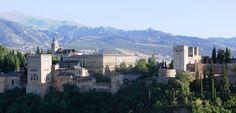 Гид в Гранаде предлагает экскурсию в Гранаде: Альбайсин, исторический центр, Королевская капелла, собор. What. Viver тел. +34 661079988, e-mail: 34x@mail.ru
