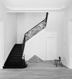 """thedpages: """" Staircase in a Brussles townhouse by Olivier Dwek. Interior Staircase, Grand Staircase, Interior Architecture, Interior And Exterior, Interior Design, Railing Design, Stair Railing, Staircase Design, Pierre Jeanneret"""