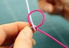 합장매듭을 배워보아요~~ ^^ : 네이버 블로그 Paracord, Knots, Diy And Crafts, Weaving, Bracelets, Womens Fashion, Jewelry, Style, Making Bracelets