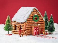 12 Adorable Gingerbread House Ideas to Steal For your Christmas gingerbread house use savory snacks. Pretzel sticks might not be sweet but they make mighty fine logs for this edible rustic cabin. Christmas Goodies, Christmas Treats, Christmas Baking, Holiday Fun, Christmas Holidays, Christmas Decorations, Italian Christmas, Black Christmas, House Decorations