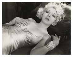 Before Hollywood got religion: the racy films of the pre-code era . Vintage Hollywood, Classic Hollywood, In Hollywood, Hollywood Actresses, Crime Film, Pre Code, Mae West, Silent Film, Vintage Beauty
