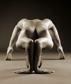 poses of women Erotic