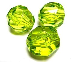 Lime faceted 28 x 28mm beads. These beads are perfect for creating larger brightly coloured necklaces #beads #acrylicbeads
