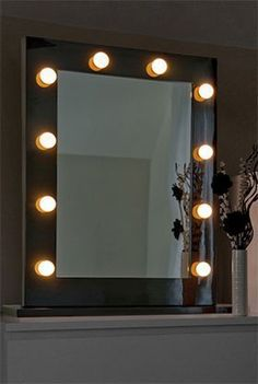 Miroir lumineux de loge theatre dressing hollywoond diamond x chambre hollywood pinterest - Miroir de maquillage lumineux ...