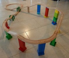 Brio Duplo wooden train track adapter example train track from woodpeckers. Legos, Pokemon Lego, Construction Lego, Wooden Train, Model Train Layouts, Train Set, Train Tracks, Classic Toys, Model Trains