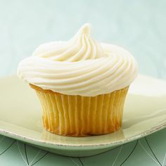 These classic vanilla cupcakes are sure to be a hit with absolutely everyone.