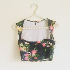 Floral Crop Top Floral print on dark grey cotton crop top. Goes up into full back. Super unique and cute! Never worn with tag and in perfect condition! Solemio Tops Crop Tops