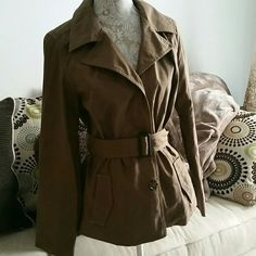 Plaid trench coat Woman's NWOT water repellent cropped trench coat. Stylish belted coat. Mid weight. Plaid detail. Bought but never worn so no defects. Not entirely sure I want to let it go but no room for it either. Merona Jackets & Coats Trench Coats