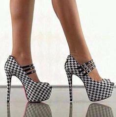 beautiful pepita shoes