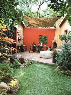 Pictures and Tips for Small Patios _ Outdoor Design _ Landscaping Ideas_ Porches_ Decks_ & Patios _ Green colours are great for human eyes and offer many fabulous green colour hues that allow to add depth to natural garden design and beautify… Pergola Patio, Diy Patio, Backyard Patio, Backyard Landscaping, Landscaping Ideas, Patio Ideas, Backyard Ideas, Porch Ideas, Patio Privacy